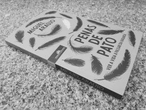 Recensão do livro Penas de pato, escrito pelo músico portuense Miguel Araújo e publicado pela Companhia das Letras em 2018 | INTRO