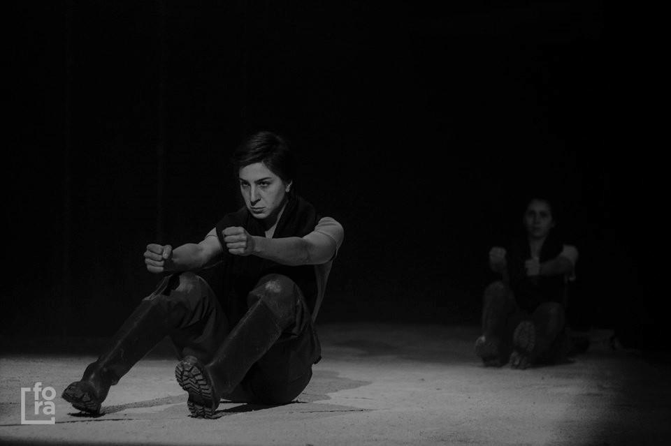 """Crítica da peça Dilúvio, a partir da """"Ilha Flutuante"""" e """"Noé"""" de Ricardo Neves-Neves , levada a cena no Auditório Municipal de Gondomar a 6 de Abril de 2019   INTRO"""