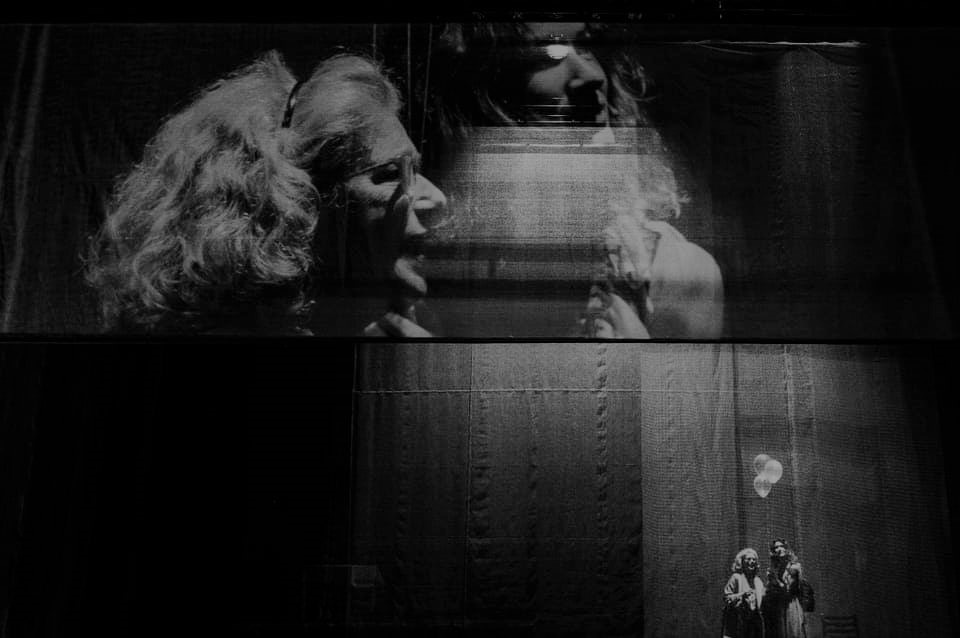 Crítica da peça Turismo, escrita e encenada por Tiago Correia, em estreia absoluta no Teatro Municipal do Porto - Campo Alegre no dia 31/1/2020   INTRO