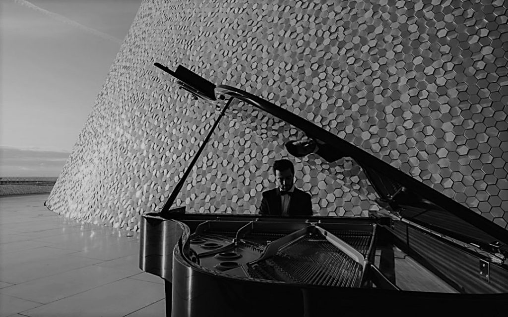 Poetic Scenes – Vasco Dantas (ARS Produktion, 2020)
