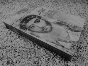Recensão do livro Os Dez Espelhos de Benjamin Zarco, da autoria de Richard Zimler, publicado pela editora Porto Editora em 2018 | INTRO